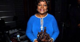 shirleycaesar-1481314879-compressed.jpg