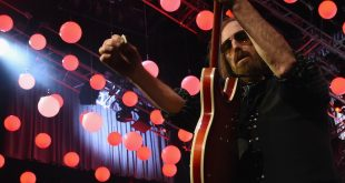 tompetty-1508267481-compressed.jpg
