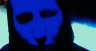 marilyn-manson-cry-little-sister-1530300089-compressed.jpg